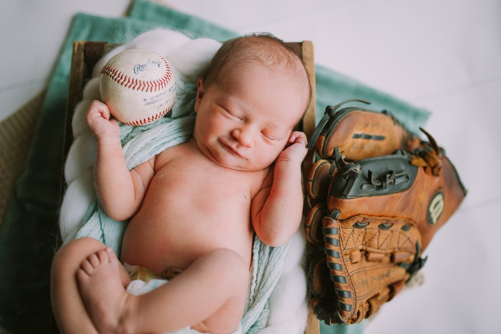 View More: http://jessicanewtonphotography.pass.us/zander-newborn-session